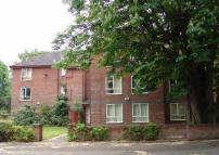 Flat to rent in Brook Road, Fallowfield...