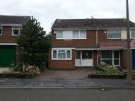 Meltham Close semi detached house to rent