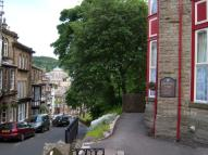 1 bedroom Studio flat in Crescent View, Hall Bank...