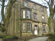 1 bed Apartment in St. Johns Road, Buxton...