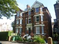 Flat to rent in Earls Avenue, Folkestone...