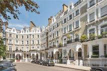 2 bed Flat to rent in Redcliffe Square