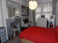 Flat to rent in Hanson Street Fitzrovia