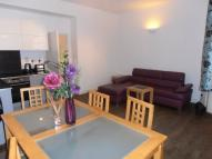 Flat to rent in Wellington Street Covent...