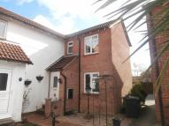 2 bed property in Torridge Gardens...