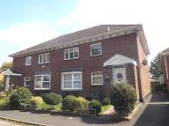 Flat to rent in Balaclava Road...