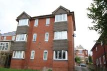 Flat to rent in Cobbett Road...