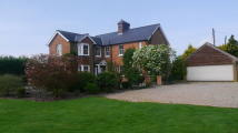4 bed Country House in Tenterden, Kent