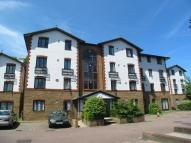 Flat to rent in Lampton Road, Hounslow...