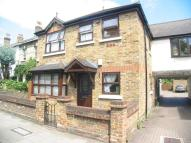 2 bedroom Flat to rent in Hounslow Road, Whitton...