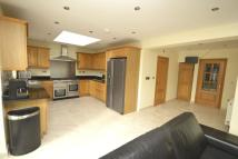 Arnold Crescent semi detached house to rent