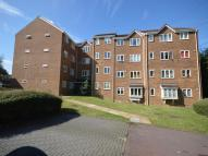 Flat to rent in Percy Gardens...