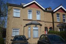 Flat to rent in Rodney Road, New Malden...