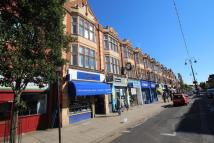 property to rent in High Street, New Malden, KT3