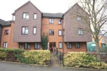 Flat to rent in Ross Parade, Wallington...