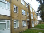 2 bed Flat in Ross Road, Wallington...