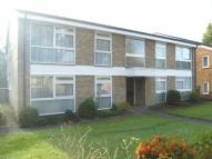 1 bed Flat to rent in Brambledown Road...