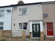 2 bed home to rent in Upper Road, Wallington...
