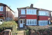 3 bed semi detached house to rent in Combeside, Plumstead...