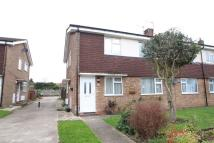 2 bed Maisonette to rent in Millbrook Avenue, Welling