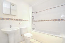 2 bed Apartment to rent in Osney Lane, Oxford...