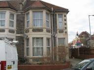 Flat to rent in Brynland Avenue...
