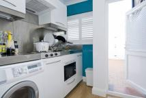 property to rent in Lupus Street, London, SW1V