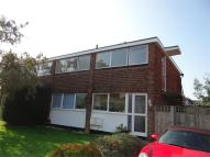 2 bed Flat in Cherry Orchard, AMERSHAM...