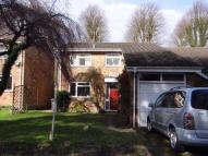 4 bedroom Detached property to rent in York Close, AMERSHAM...