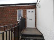 Studio flat to rent in Hill Avenue, Amersham...