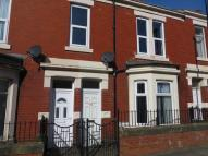 Flat to rent in Ellesmere Road, Benwell