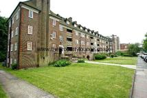 3 bedroom Apartment in Lyttelton Road...