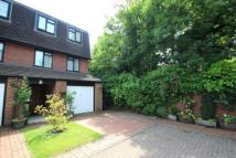 4 bed End of Terrace property in Harrow On The Hill
