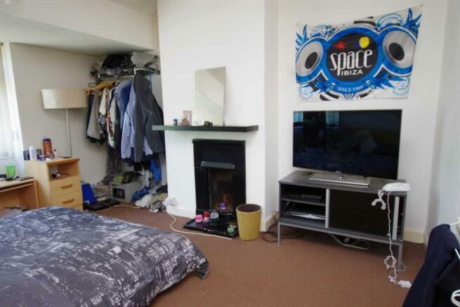 Bedroom one 12'0 (3.66m) x 11'6 (3.51m)