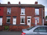 Terraced property to rent in Mill Lane, Ryhill...