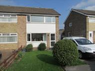 3 bedroom semi detached house to rent in Moor Knoll Close...