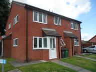 Town House for sale in Linkfield Road...