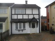 Town House to rent in Sturdee Road...