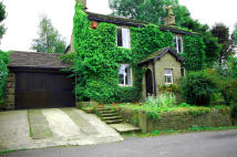 4 bed Detached house for sale in Hague Street, Glossop...