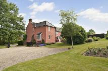 5 bed Detached home in Hickford Hill...