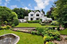 6 bed Detached property for sale in Riversdene...