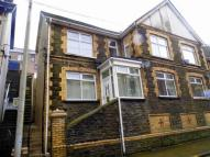 Flat for sale in 81 Bethcar Street...