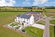 6 bedroom Detached home in Moor Farm, Tame Bridge...