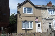 3 bed End of Terrace property to rent in Staveley Street...