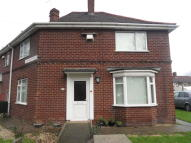 3 bedroom semi detached house to rent in Shaftesbury Avenue...