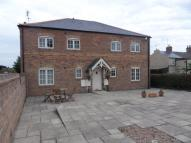 Apartment to rent in Station Road, Bawtry...
