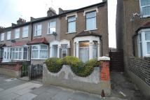 2 bedroom End of Terrace house in Perkins Road, Ilford...