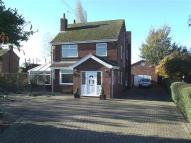 3 bedroom Detached house in DERRYTHORPE ROAD...