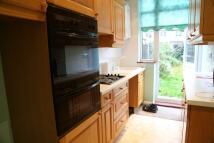 4 bedroom Terraced property in *LARGE 4 BEDROOM HOUSE*...