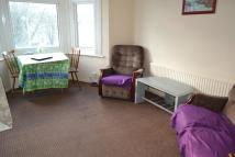 Flat to rent in *LARGE FIRST FLOOR FLAT*...